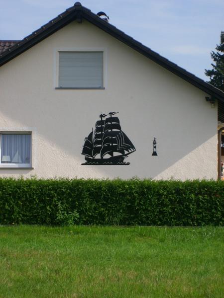 Auf der leeren Fassade meines Hauses hätte ich gerne einen Windjammer